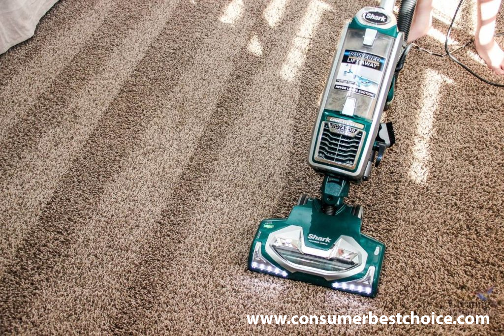 How To Vacuum Carpet With Dyson